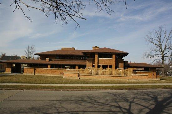 Frank Lloyd Wright's Darwin D. Martin House Complex:                   Darwin D. Martin House 125 Jewett Pkwy, Buffalo, N.Y.