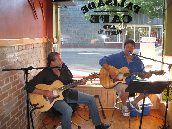 Palisade Cafe and Grill: Live Music Every Friday at 6:00