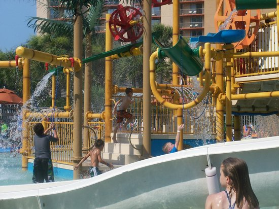 Embassy Suites by Hilton Myrtle Beach-Oceanfront Resort:                   Splash Waterpark