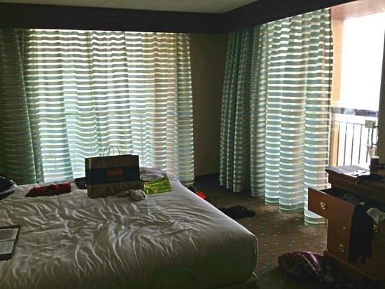 Embassy Suites by Hilton Myrtle Beach-Oceanfront Resort:                   2BR Oceanfront King Suite