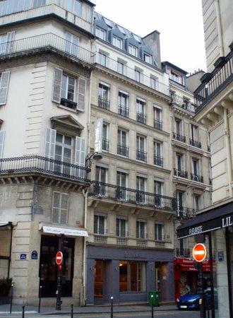 Art Hotel:                   L`HÔTEL