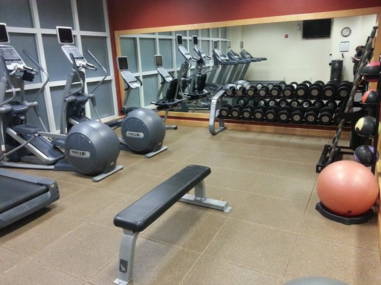 Embassy Suites by Hilton Orlando Airport:                   Fitness Center