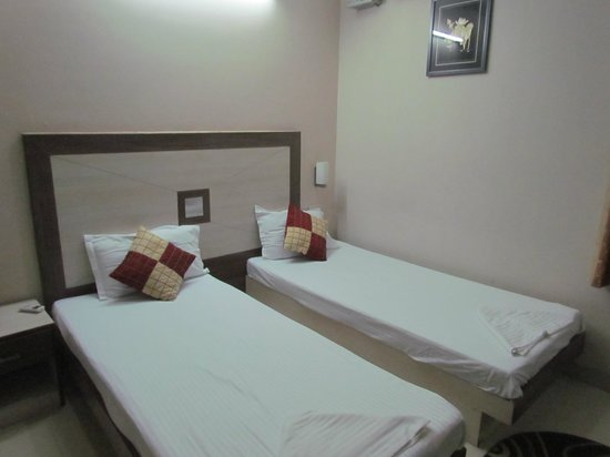 Treebo Rockwell Plaza:                   Small but comfortable beds