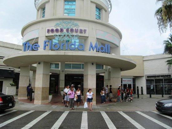 The Florida Mall :                   de compras