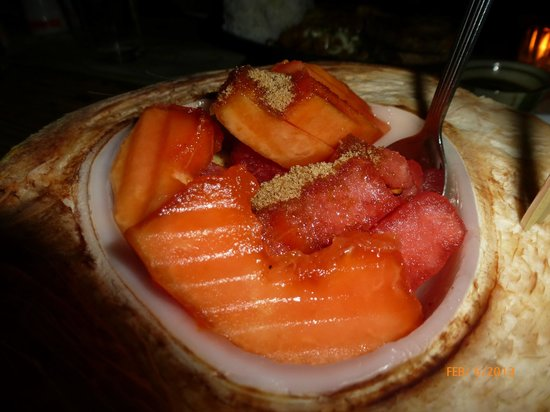 Kalui Restaurant:                   Assorted fruits
