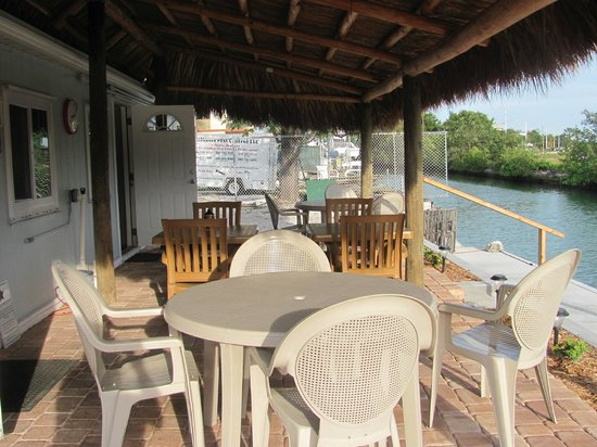 Crab Shack:                                     Outdoor dining area