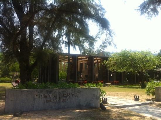 Costa Lanta Restaurant: entrance
