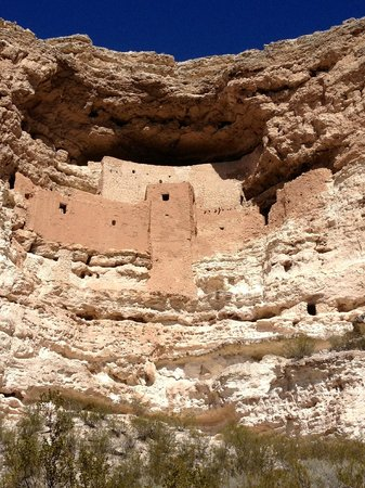 Montezuma Castle National Monument: .