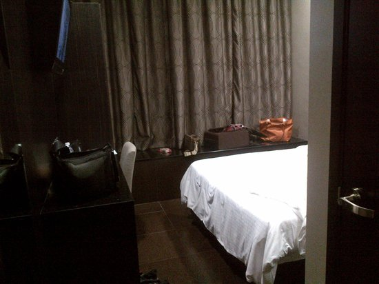 V Hotel Lavender:                   Room for Superior double bed