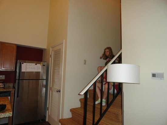 Residence Inn San Jose Campbell:                   Stairway