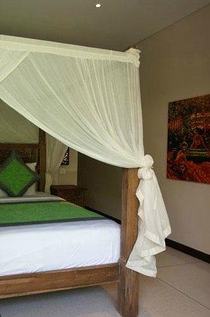 Tepi Laut Villa: Villa Bedroom