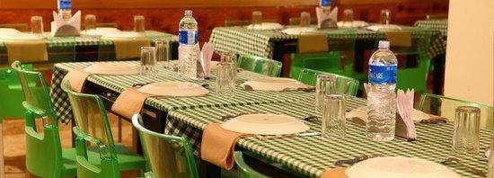 Thekkady Woods: Restaurant