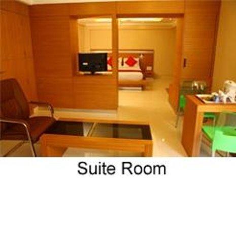 Thekkady Woods: Suite Room