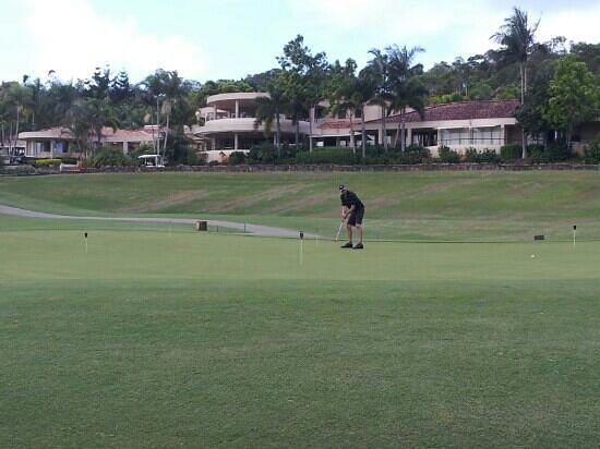 Noosa Springs Golf & Spa Resort:                   Practise putting green in front of clubhouse