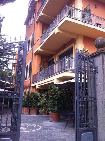 Hotel Villa San Pio:                   hotel view