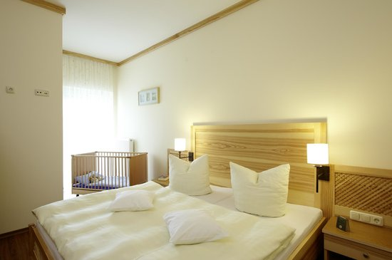 Schlafzimmer Im Exklusiv Appartement Bild Von Familotel