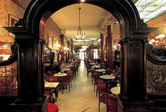 Sao Miguel Bar & Cafe