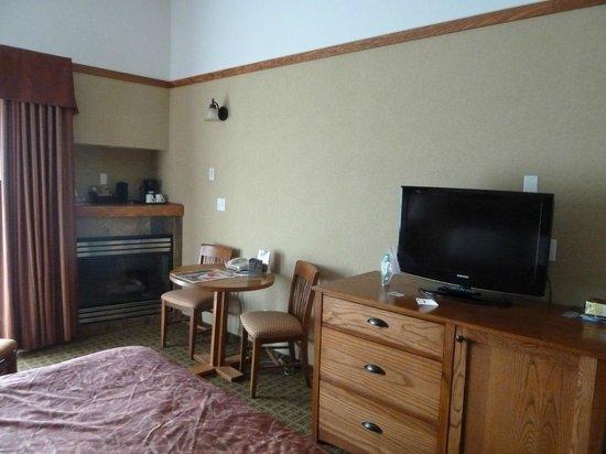 Pyramid Lake Resort:                   Zimmer mit Gaskamin