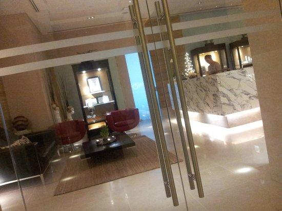 Address Dubai Mall:                   Spa Reception