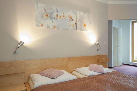 Pension Pod Skalkou: Double-bed room