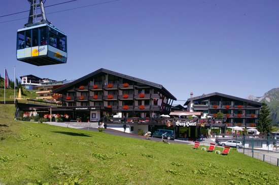 Sommer Urlaub am Arlberg im BURG Hotel Oberlech