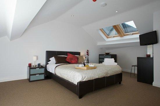 SITU - Serviced Apartments West Street Mews : Peaceful bedrooms