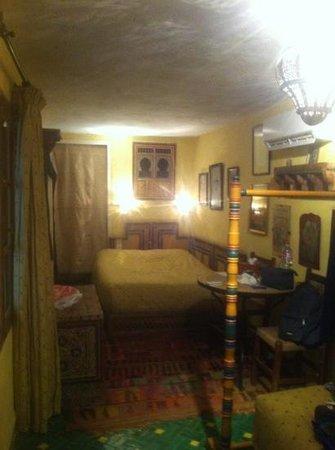 Riad Lune et Soleil:                   chambre