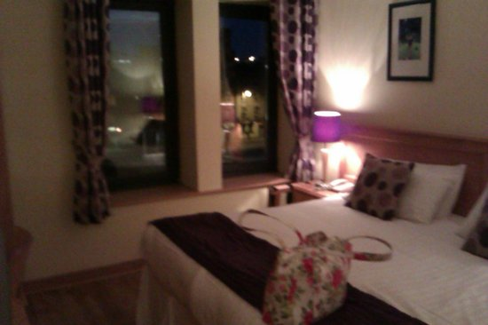 Eliza Lodge:                                     Double room