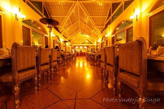 Club Mahindra Kandaghat:                                     BAR& RESTAURENT