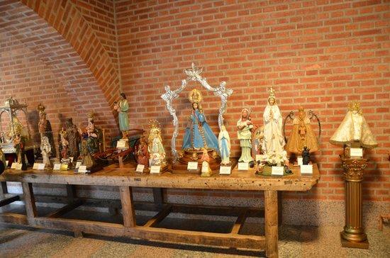 Huesca, Spain:                   Más de doscientas imágenes del mundo entero que permiten advertir la devoción