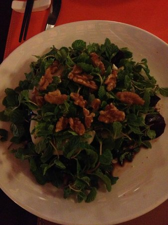 Gourmet Garden Restaurant & Wine Bar:                                     Beetroot and goat chese salad