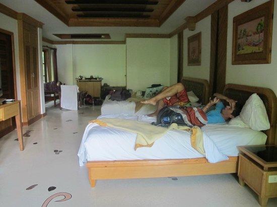 Somkiet Buri Resort:                   triple room