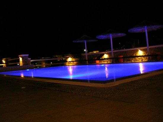 Artemoulas Studios:                   artemoula night swimming pool