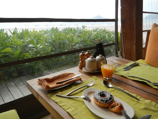 Six Senses Con Dao:                   Main dining