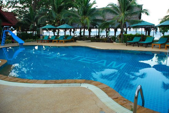 Dream Team Beach Resort:                   Pool