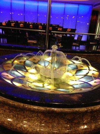 Hotel Lisboa Macau:                                                       朝食ブッフェ 水晶宮&噴水