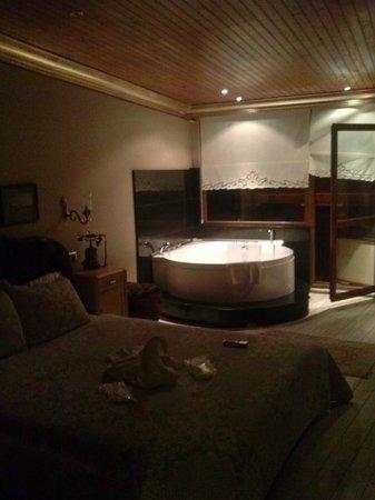 Emine Sultan Hotel & Suites:                   camera