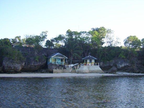 Hard Rock Cottages :                   Strandbungalows