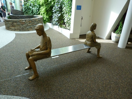 Stuart Landsborough's Puzzling World:                   Floating bench