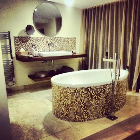 The Scarlet Hotel:                   amazing freestanding bath