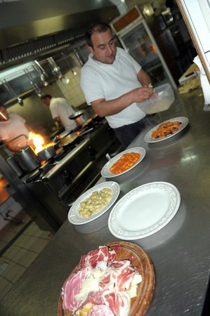 Ciao Toto:                   Magic in the Kitchen