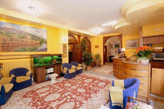 Hotel Campiglione: Hall