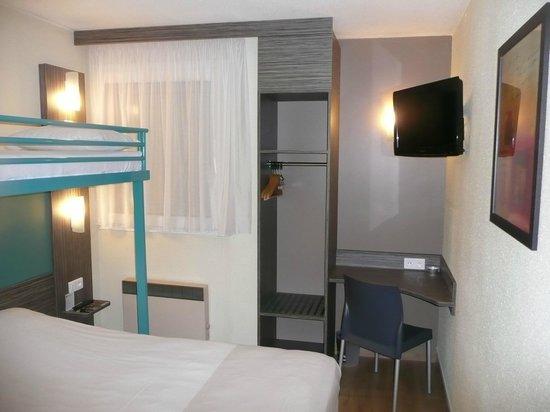 Ptit Dej-hotel Chartres : Chambre Famille