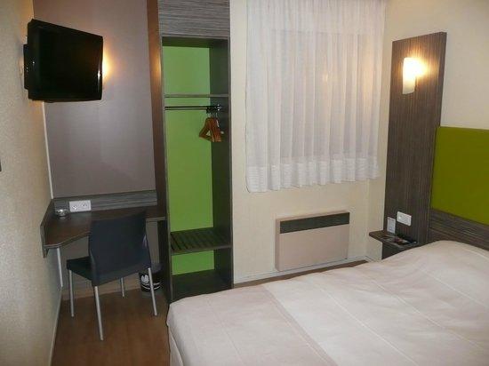 Ptit Dej-hotel Chartres : Chambre standard