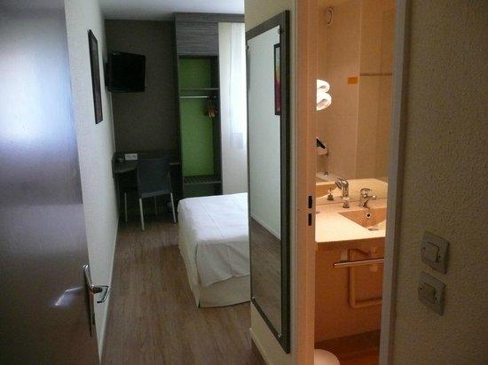 Ptit Dej-hotel Chartres : Chambre Double