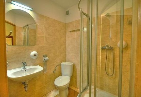 Hotel Abis: łazienka