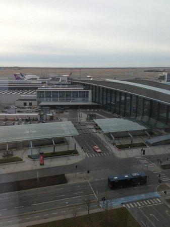 Hilton Copenhagen Airport:                   Room 1033