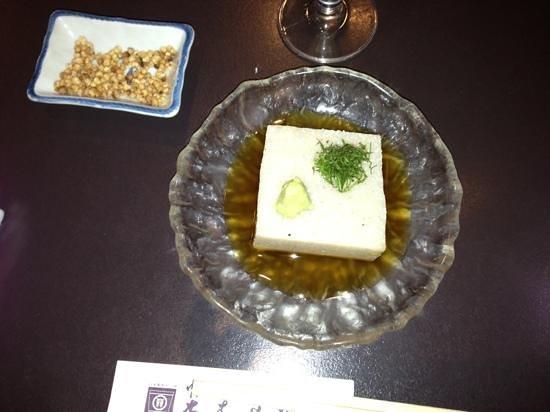 Honmuraan:                   名物のそば豆腐