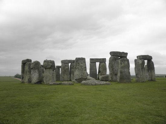 stonehenge the mysterious rocks of england Despite a century of scientific scrutiny, the 5000-year old neolithic monument in southern england known as stonehenge has yielded few secrets about the people buried amidst its ring of towering .