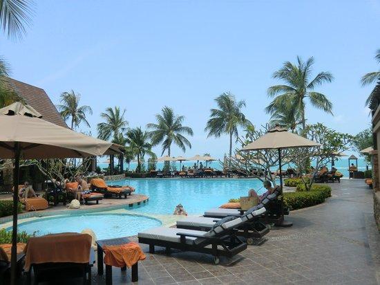 Bo Phut Resort & Spa:                   Pool mit Blick zum Meer